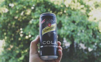 Schweppes Cola - Das schwarze Schaf der Familie im Test