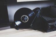 Anzeige: Media Markt Soundwochen  // Mehr Sound, mehr Spaß mit dem vertikalen Plattenspieler VT-E BT + Gewinnspiel