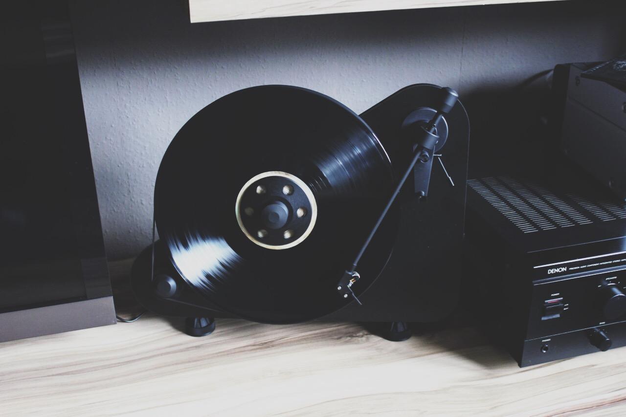 anzeige media markt soundwochen mehr sound mehr spa. Black Bedroom Furniture Sets. Home Design Ideas